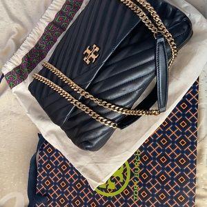 ✨Sold✨Tory Burch Kira Chevron Bag